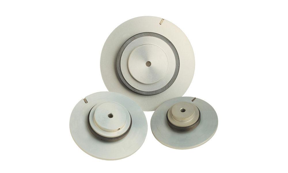 Anello magnetico in ferrite magnetizzata